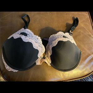 Dream angles Victoria's Secret push up bra 36D